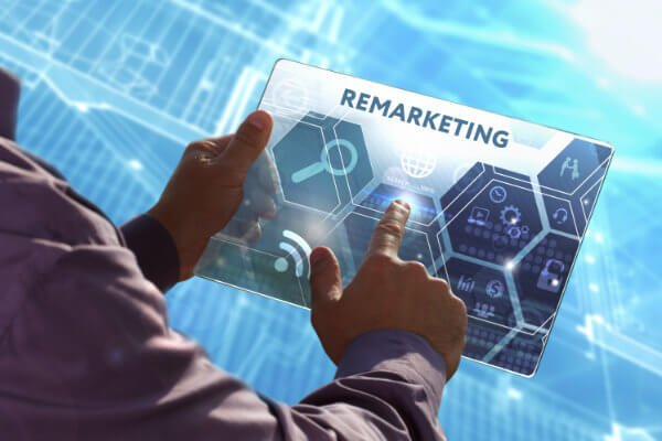 remarketing concept to increase roofer sales